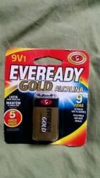 2 pilhas/bateria Alcalina