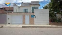 Casa com 3 quartos à venda, 250 m² por R$ 400.000 - Santa Esmeralda - Arapiraca/AL