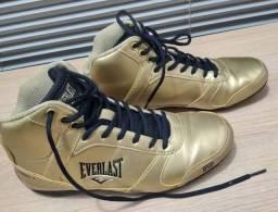 Tênis Everlast dourado-preto 34/35