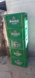 Vendo caixas de Heineken