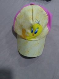 Chapéu do piu piu rosa e amarelo