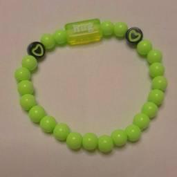 Pulseiras personalizadas para vender feitas a mão nosso instragam: ju_pulseiras