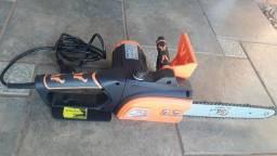 Motosserra elétrica  SA Tools