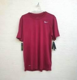 Camiseta Nike Standard Fit, Tam. M