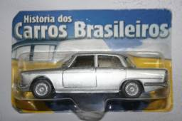 Miniatura de Carro Nacional Alfa Romeo Fnm JK da Maísto