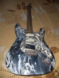 Guitarra precisa de manutenção