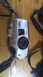 Câmera fotográfica minolta Riva zoom !!!