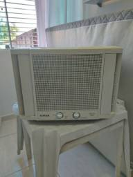 Ar condicionado usado em bom estado