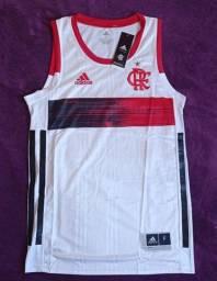 Regata do Flamengo branca basquete (disponível: M e G)