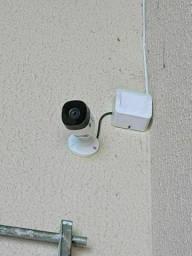 Kit com 4 câmeras Intelbras instalado