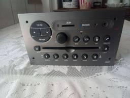 Rádio original de fabrica Chevrolet.