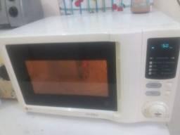 Forno microondas LG  27 litros conservado com garantia