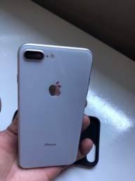 iPhone 8 Plus de 64 gigas (Prata)