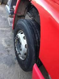 Caminhão basculante - Caçamba trucada - 1620L - 2011