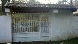Linda chácara no Jd. Aguapeú, com 3 casas, piscina, 500mil!