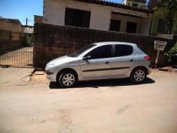 Peugeot 2002 4 portas 206 - 2002