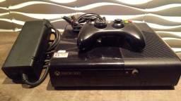 Xbox 360 Slim - Desbloqueado