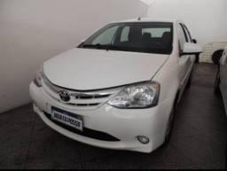 Etios Sedan 1.5 XLS 2014 completo