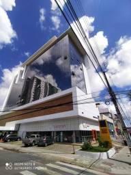 Alugo: Sala Comercial Grande em empresarial em Caruaru