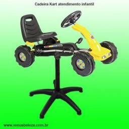 Cadeira carrinho para atendimento infantil cabeleireiro