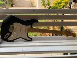 Guita strato Squier Fender Califórnia séries