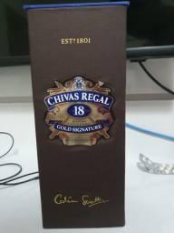 VENDO CHIVAS REGAL 18 ANOS