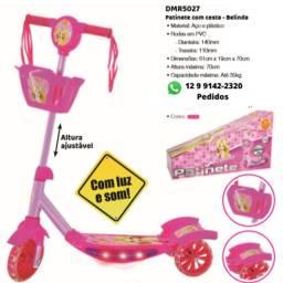 Patinete Infantil Musical Rosa 3 Rodas Com Luzes Som E Cestinha