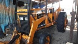 Trator Vamete 118 4x2 118cv 6 cilindros com lamina e concha.