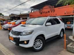 Toyota / Hilux SW4 3.0 Diesel - 7 Lugares - Diferenciado Estado - Nova !