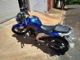 Fazer 250 cc - Yamaha