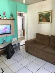 Vendo casa de 2 quartos no Porto da Aldeia