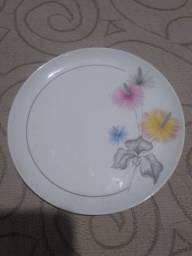 Pratos porcelana  decorativo