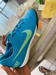 Tênis Nike novo 41
