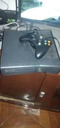 Vendo Xbox 360 destravado com 15 jogos em uma manete