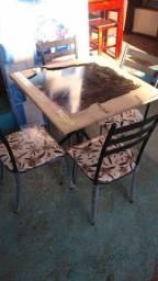 Mesa de 4 cadeiras tubolar nova