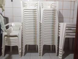 Vende-se 06 jogos cadeira TRAMONTINA R$ 300,00 cada)