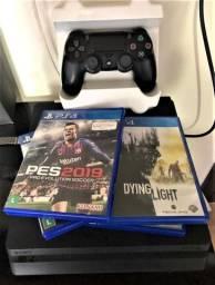 PS4 Slim 500GB - 1 controle NOVO + 4 jogos