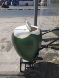 Vendo esse carrinho de coco