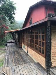 Decks madeira feita de cruzeta de poste