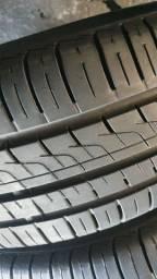 4 pneus 195/65/15 pirelli P400 90%borracha