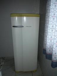 Vende refrigerador