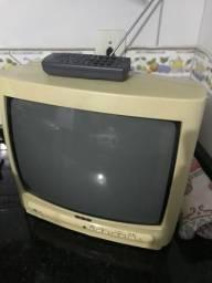Vendo televisão CCE DESAPEGO