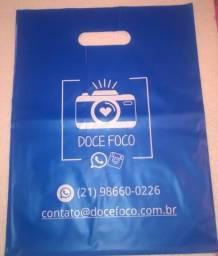 Promoçao 100 sacolas Alça Vazada 30x40 personalizada