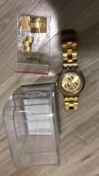 708e34b875e Swacht Relógio feminino pouco usado