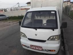 Caminhão effa baú 2011 - 2011