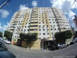 Ed. Vitória Régia, Ap. 1201 - Alugo Apartamento com 3 Quartos - Cond. Flamboyant - Luzia