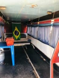Vendo troco micro onibus 608 faz 7,8km p/litro,ótimo de mecânica,excelente pra pescaria!