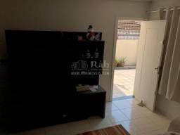 Vende-se casa Próximo ao Shopping Balneário