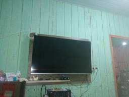 Vendo uma TV zerado tem cinco dias qui eu comprei 2600