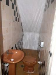 Sobrado AVENIDA BARREIRA GRANDE com 4 dormitórios para RESIDÊNCIA OU COMÉRCIO 169 m² por R